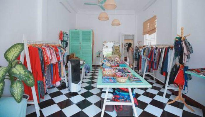 Miuk style là Shop áo dài nữ chắc chắn sẽ tạo ra những sản phẩm vừa vặn, phù hợp với dáng người của bạn