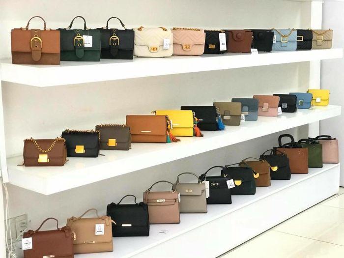 Tina Shop là shop bán ví bóp nữ luôn cập nhật những mẫu mới nhất