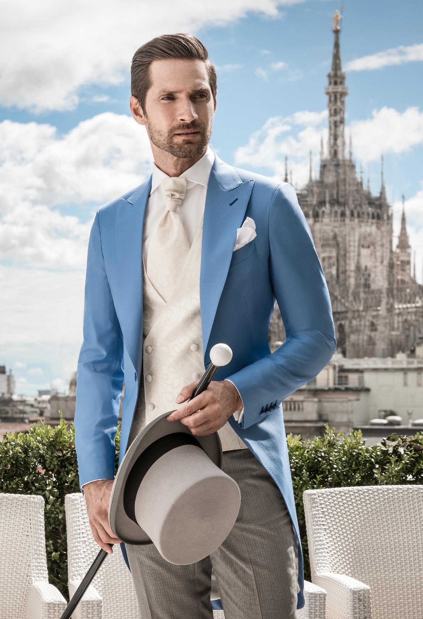 Các chuyên gia của Mon Amie sẽ sử dụng quy chuẩn riêng của mình để thiết kế cho bạn một bộ Vest vừa vặn với vóc dáng