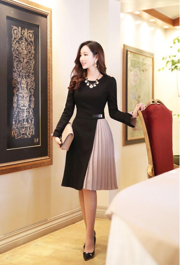 Angellam gây ấn tượng mạnh mẽ với các tín đồ thời trang tại thành phố Hồ Chí Minh bởi cách mix đồ vô cùng nữ tính