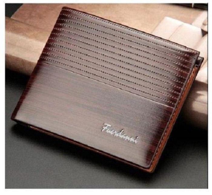 Shop bóp ví nam Kos Shop được nhiều khách hàng biết đến với những thiết kế sang trọng