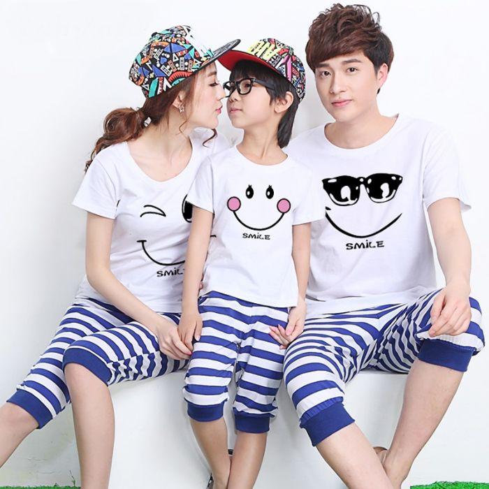 shop aoyeuthuong.com cung cấp áo cặp gia đình 3 người đa dạng mẫu mã