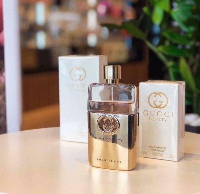 Sản phẩm này chinh phục được các chị em phụ nữ bởi mùi hương sang trọng
