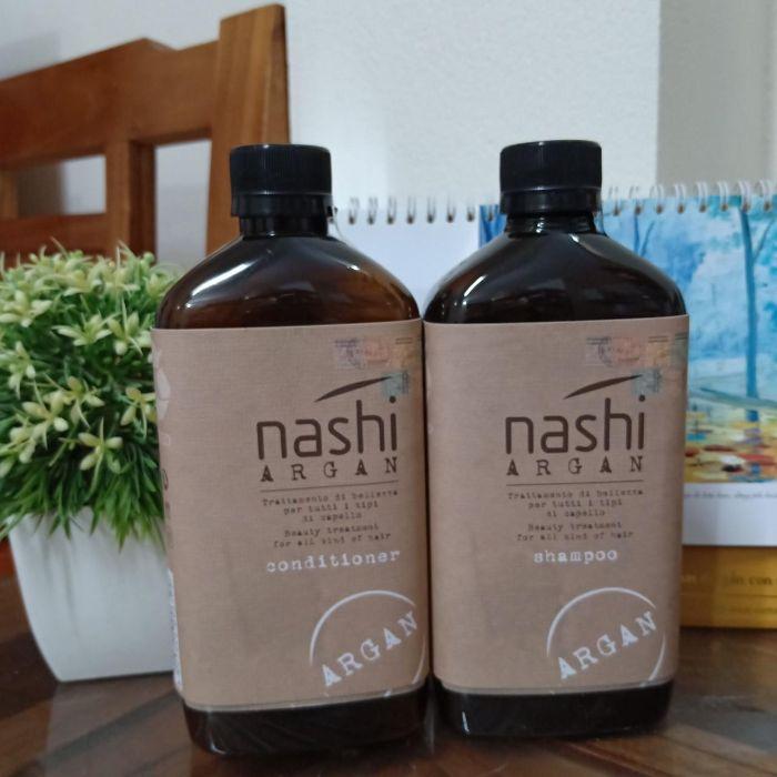 Dầu xả Nashi là một sản phẩm từ thương hiệu Nashi của Italia là một thương hiệu chăm sóc tóc cao cấp