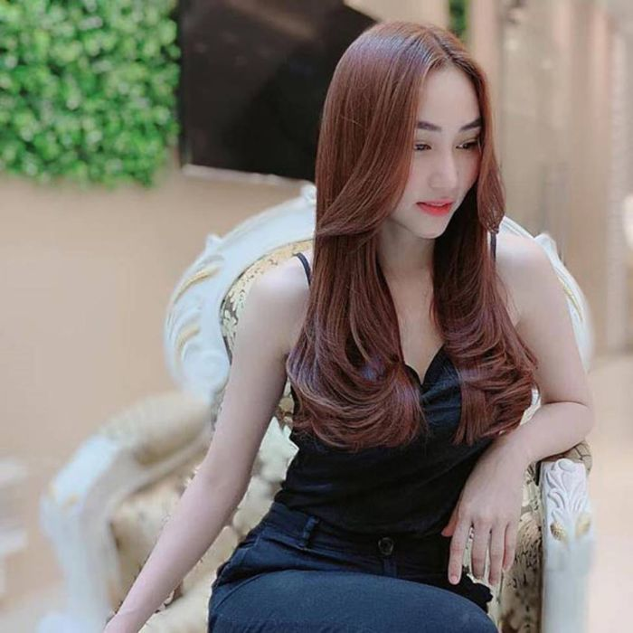 Ngân Khánh là một trong 8 diễn viên nữ hot nhất Việt Nam