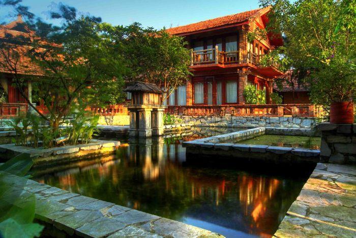 Van Chai Resort nằm ở bãi biển Sầm Sơn thanh bình, tươi đẹp