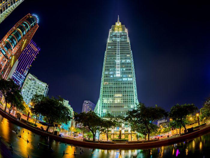 Vietcombank Tower được hoàn thành năm 2015