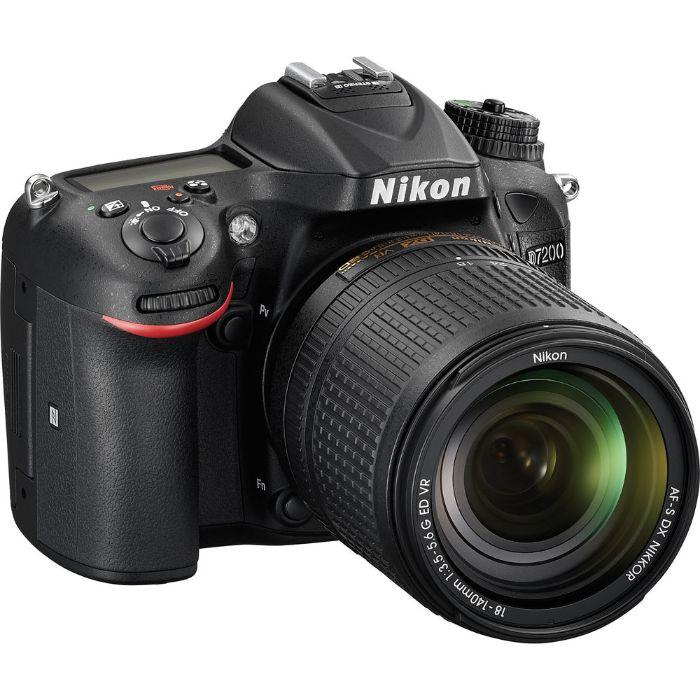 Máy ảnh Nikon 7200