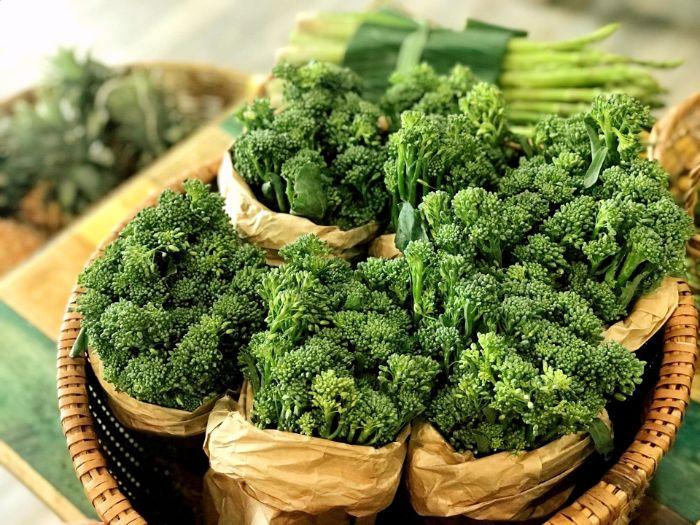 Bông cải xanh là loại rau củ giàu vitamin K và vitamin C