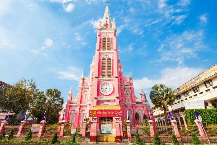 Nhà thờ Tân Định được xây dựng năm 1876