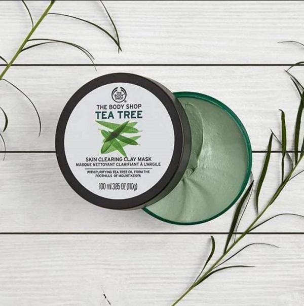 Tea Tree Skin Clearing Clay mặt nạ đất sét trị mụn đến từ thương hiệu The Body Shop
