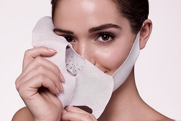 Nên sử dụng mặt nạ giấy hay mặt nạ đất sét?