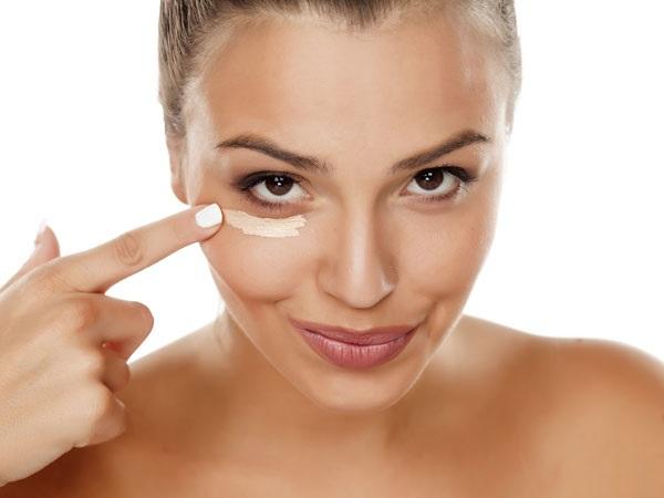 Serum vitamin giúp giảm quầng thâm mắt
