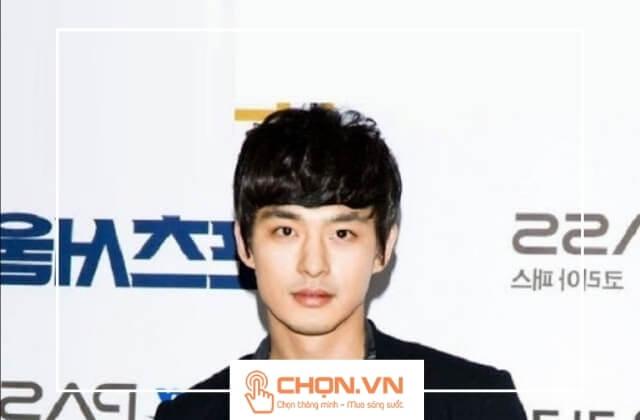 Tóc nam Hàn Quốc uốn gợn sóng mái bằng