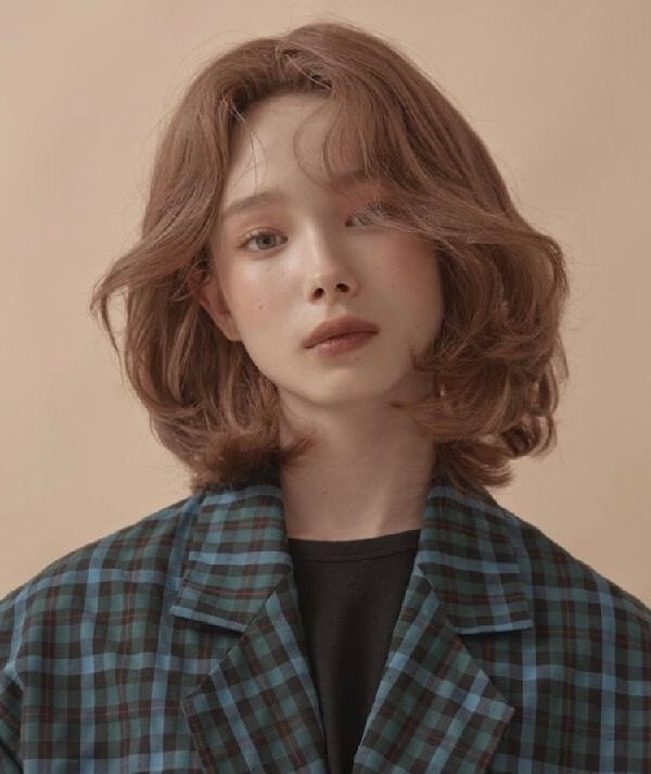 Tóc ngắn nữ