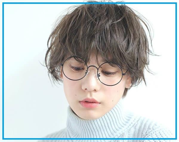 Kiểu tóc tomboy xoăn nhẹ