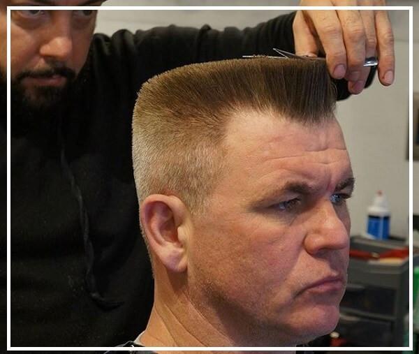 Kiểu tóc đầu đinh vuông